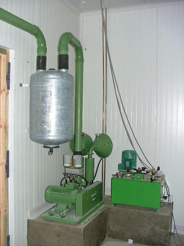 Construction d 39 un b timent laitier avec de panneaux sandwich for Panneau sandwich chambre froide d occasion